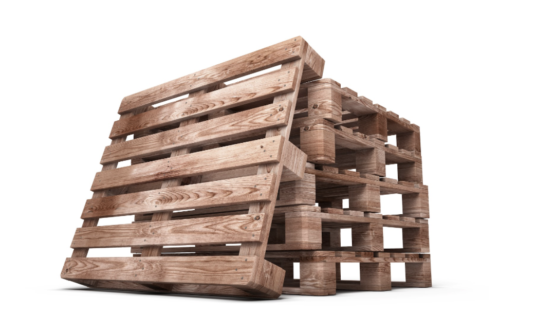 What Are the Benefits of Using Wood (vs. Plastic) Pallets?